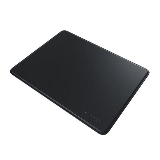 mousepad-ecologico-com-bordas-costuradas-preto-satechi-32424-1